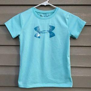 Under Armour girls short sleeve light blue shirt